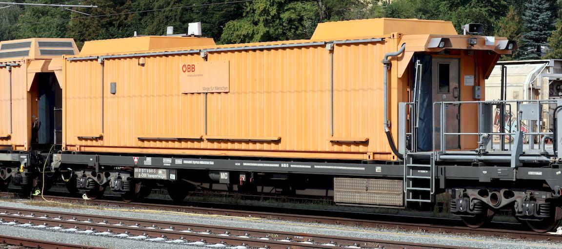 http://www.railfaneurope.net/pix/at/work/rescue/80_81_977_0_641-5_Stt1.jpg