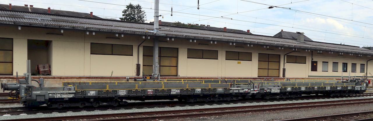http://www.railfaneurope.net/pix/at/work/rescue/80_81_977_0_651-4_Stt1.jpg