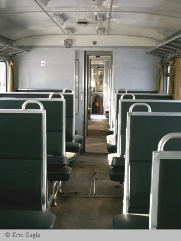 Picture gallery directory pix be diesel dmu 605 45 for Interieur 605