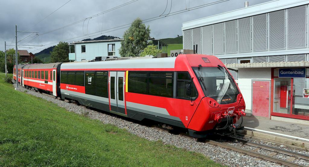 http://www.railfaneurope.net/pix/ch/narrow_gauge/AB/car/ABt/121-123/AB_123_gonb2.jpg