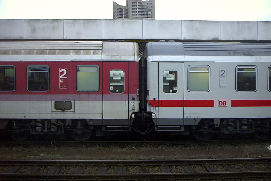 http://www.railfaneurope.net/pix/de/car/IC%2BIR/Bpmz/white/Hannover/dbx014.jpg