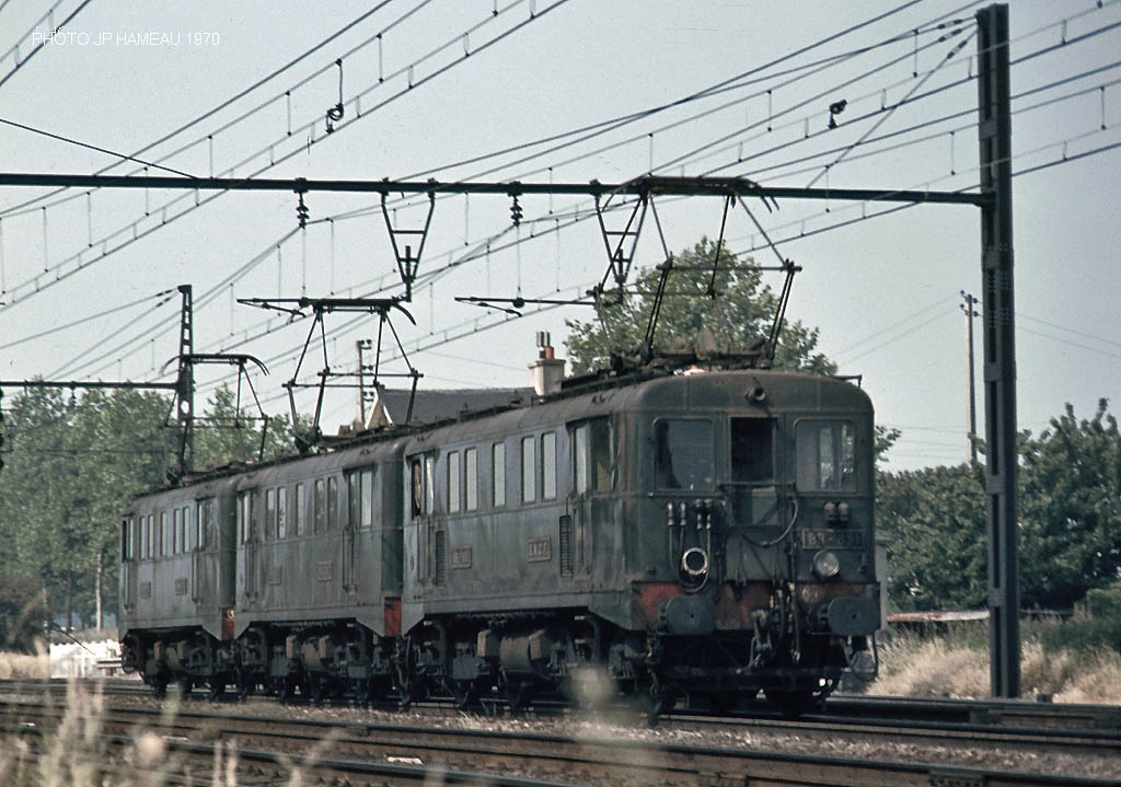 """""""Libellules"""", rebuilt to750-1500V (OHLE) from luggage-EMUs Z ..."""