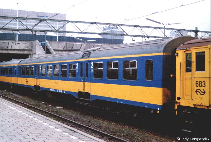 http://www.railfaneurope.net/pix/nl/car/Plan_W/Plan_W2-1.jpg