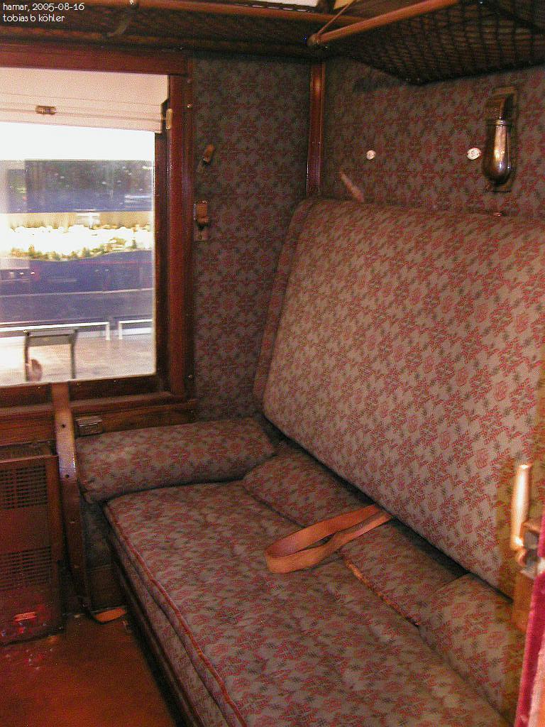 picture gallery directory pix no car royal. Black Bedroom Furniture Sets. Home Design Ideas